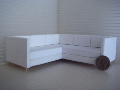 1:18 LONG&LOW SECTIONAL SOFA