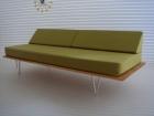 V-LEG DAY BED SOFA